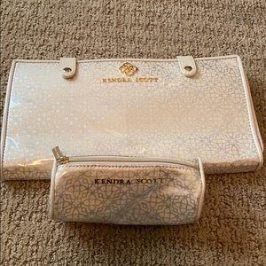 New/Never Used Kendra Scott jewelry holders/set